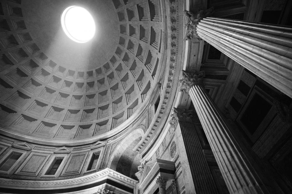 Pantheon B&w