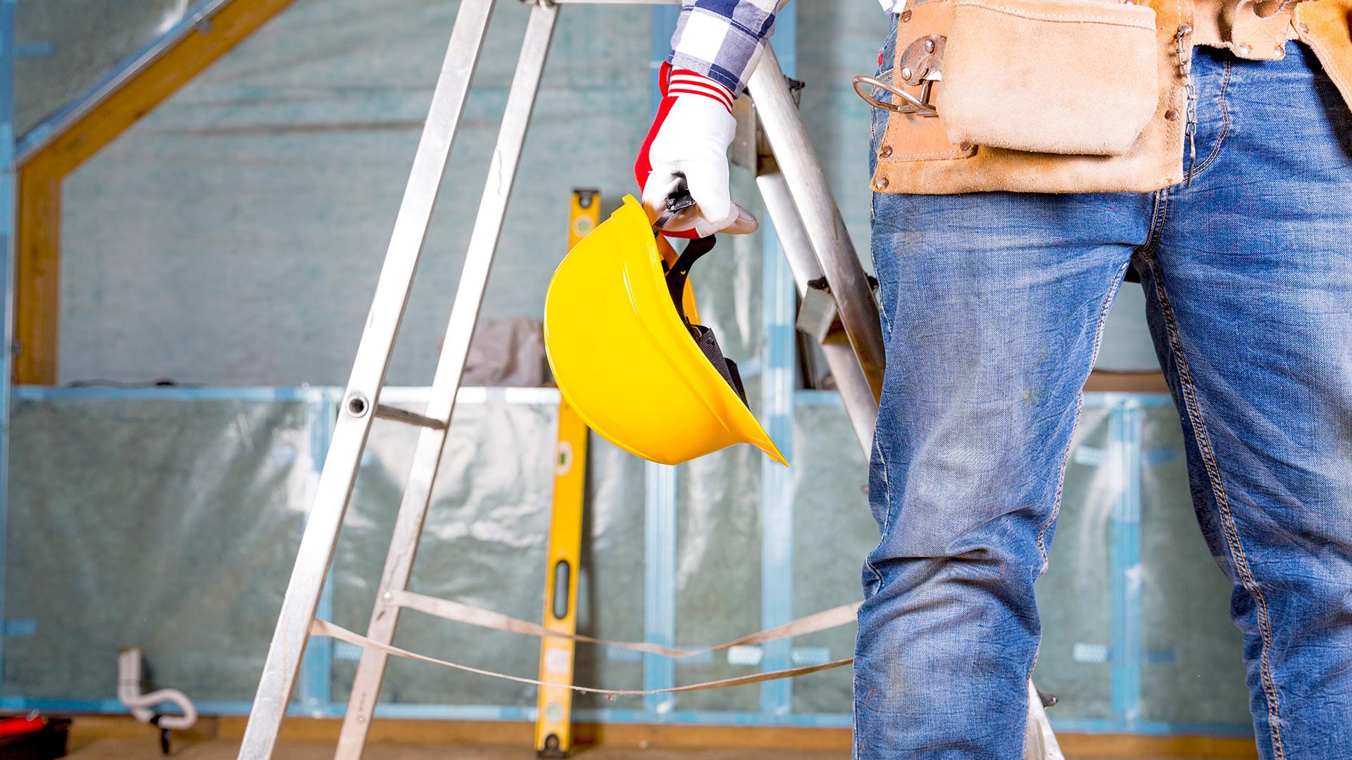 Biztonságos munkavégzés a tetőn
