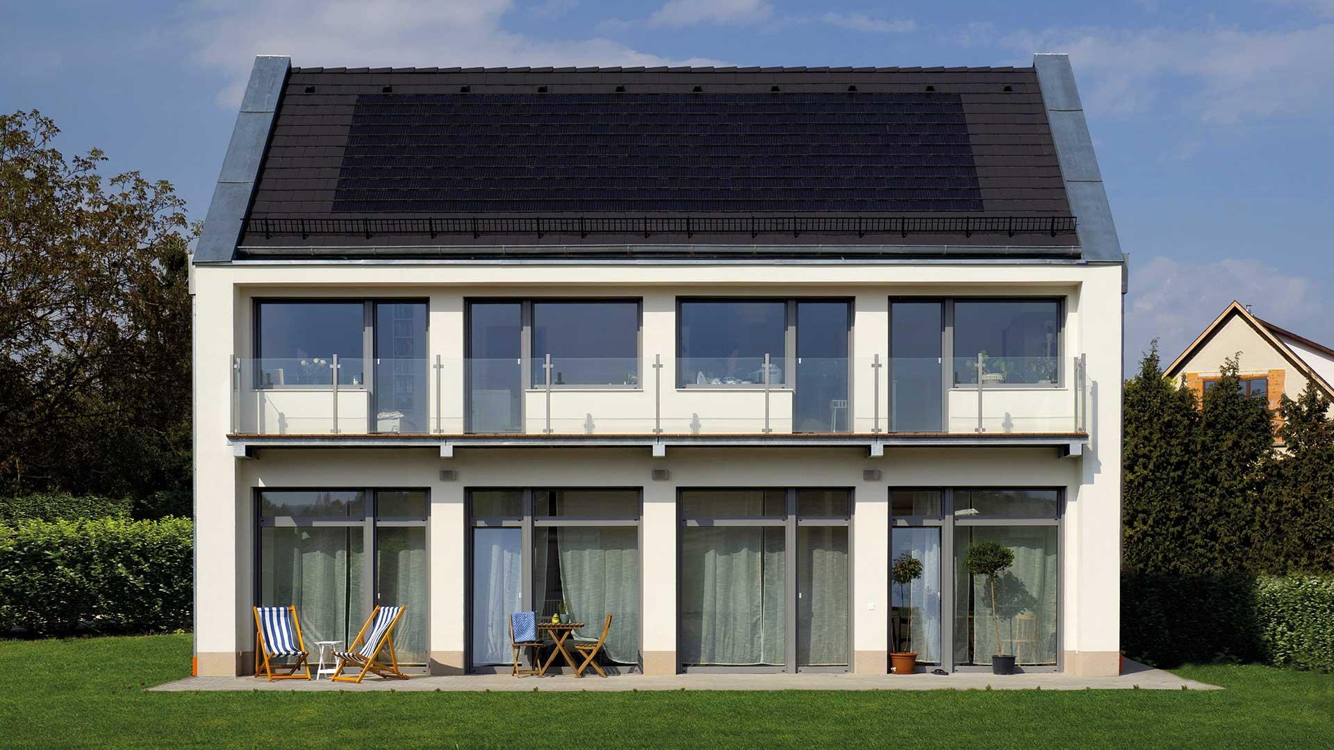 Biztonságos tető napelemmel