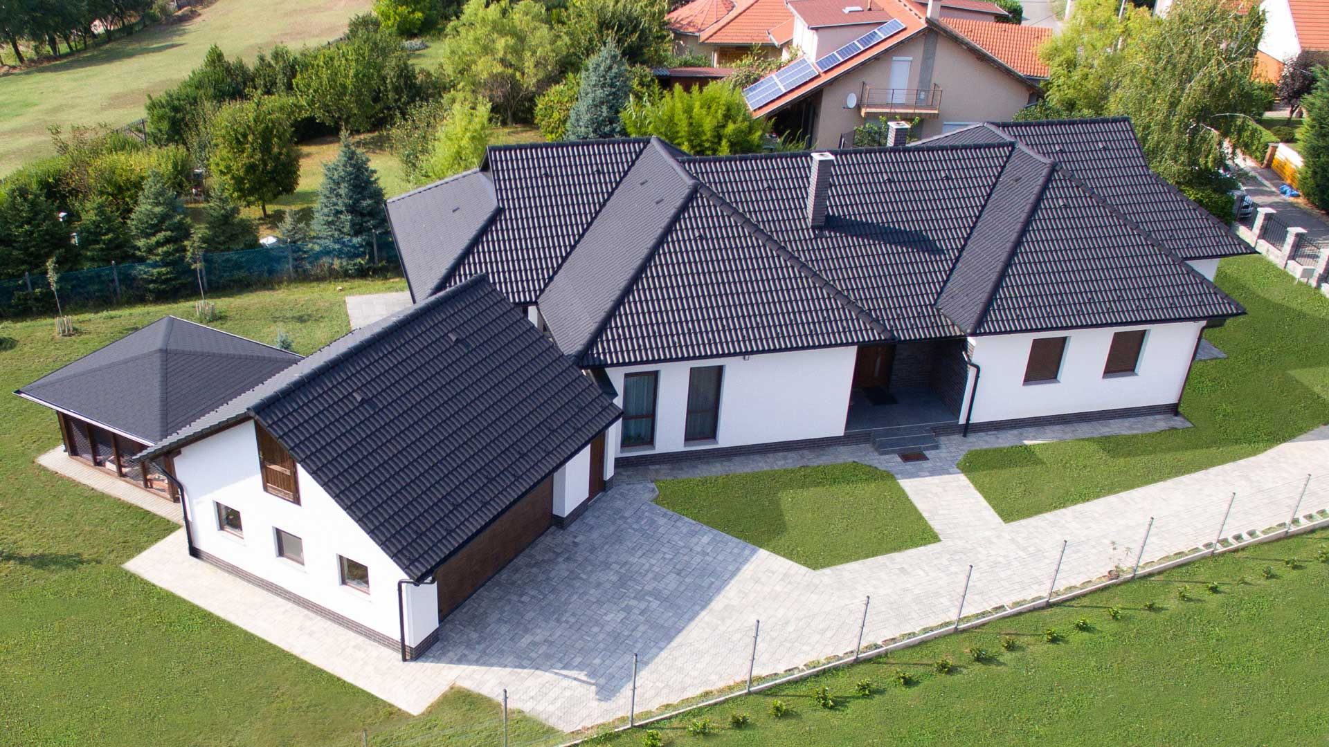 Könnyű, tartós, ellenálló tetőcserép